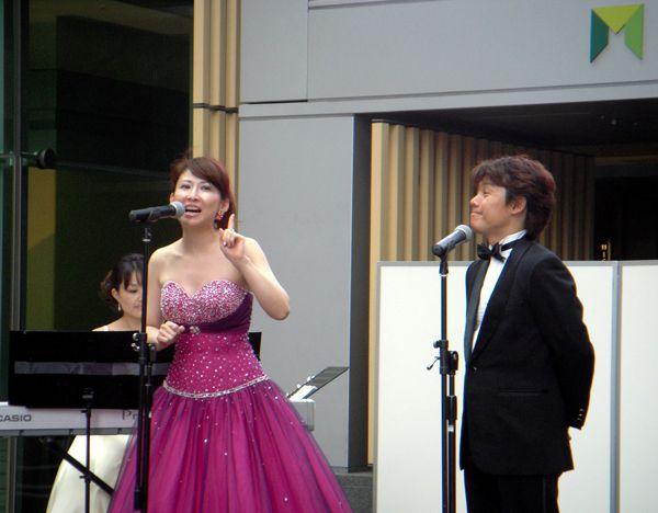 sing_tgt01b.jpg
